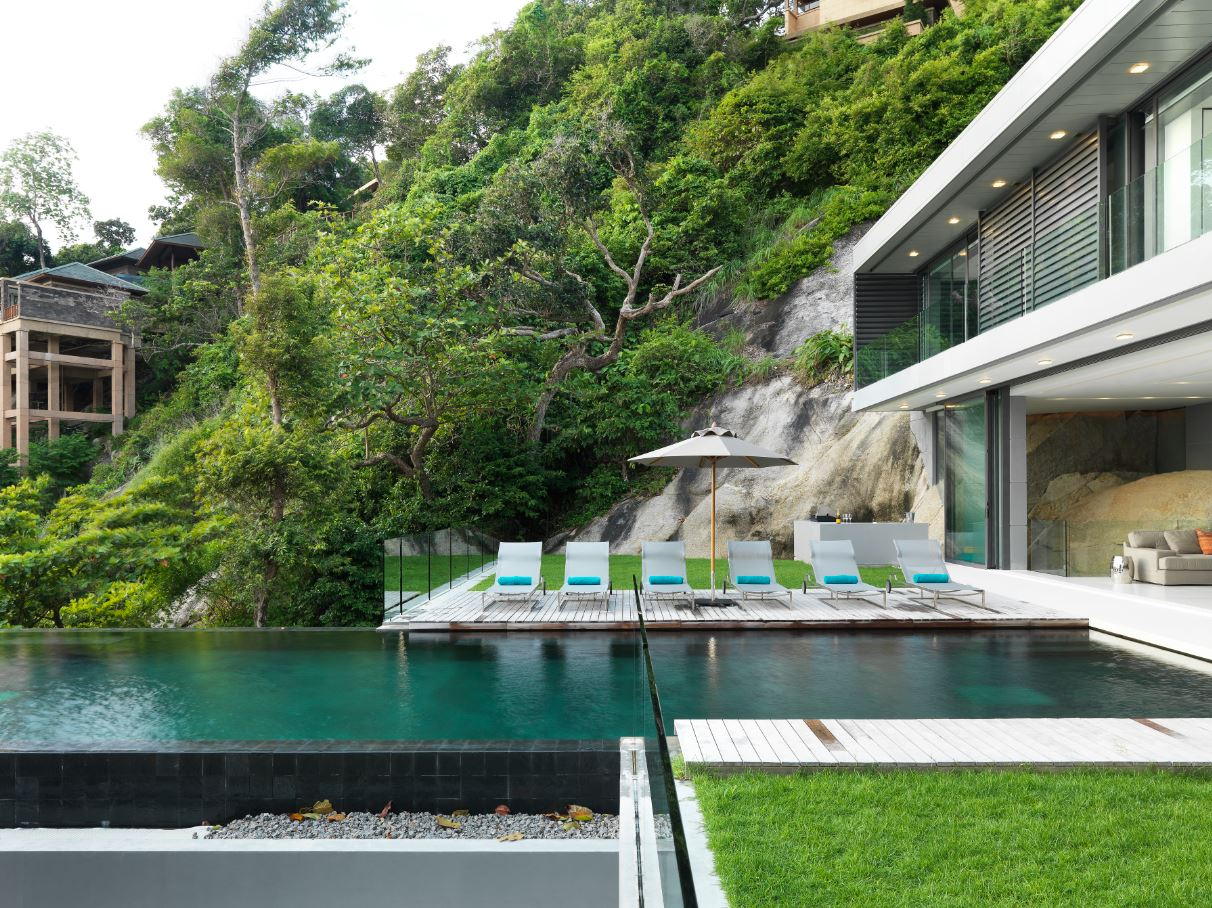 infinity pool and loungers
