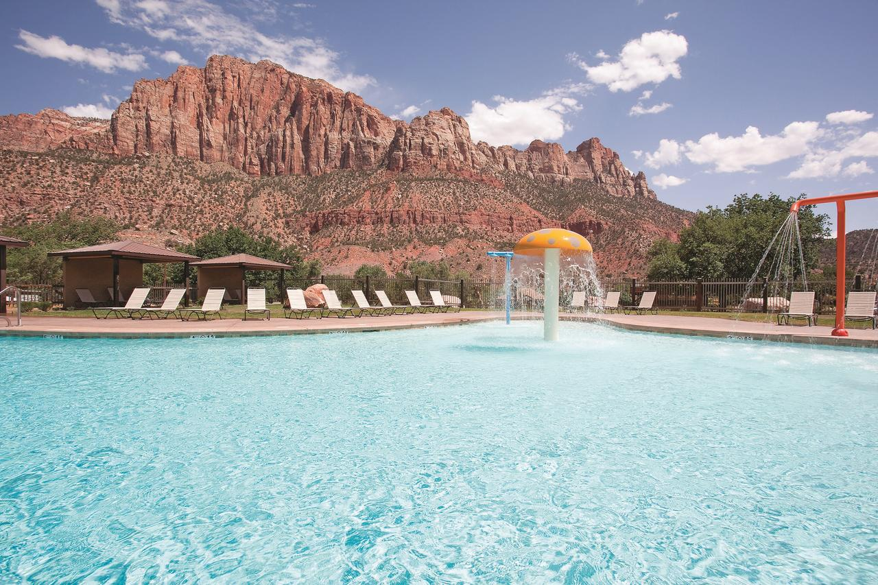 swimming pool, desert mountains