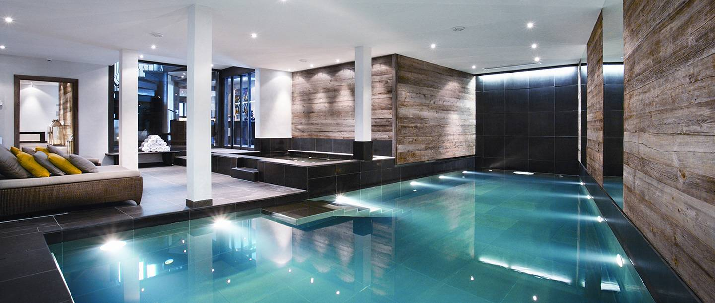 lodgeindoorpool