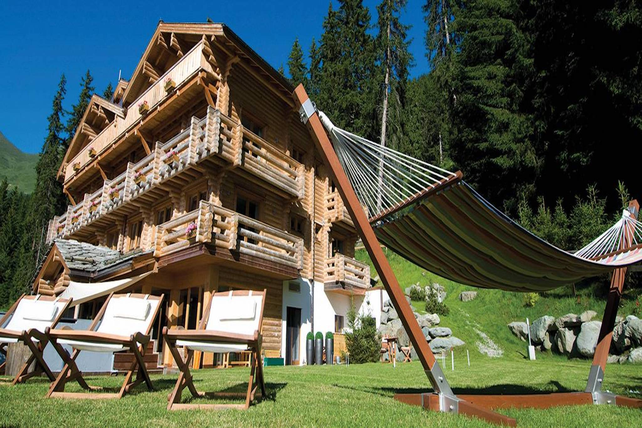 10 Years Of Luxury At Branson S Verbier Retreat The Lodge