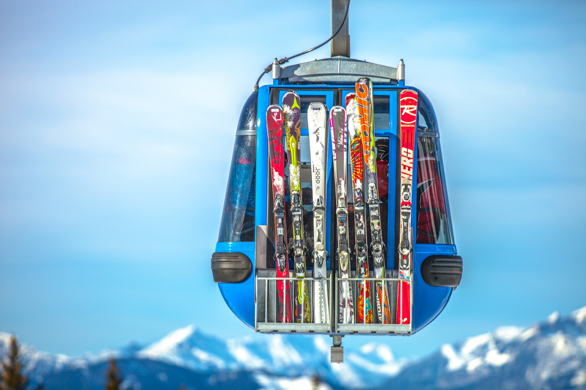 23bc4fa5f239 Gear up to hit the slopes in style this season with eco-friendly ski ...